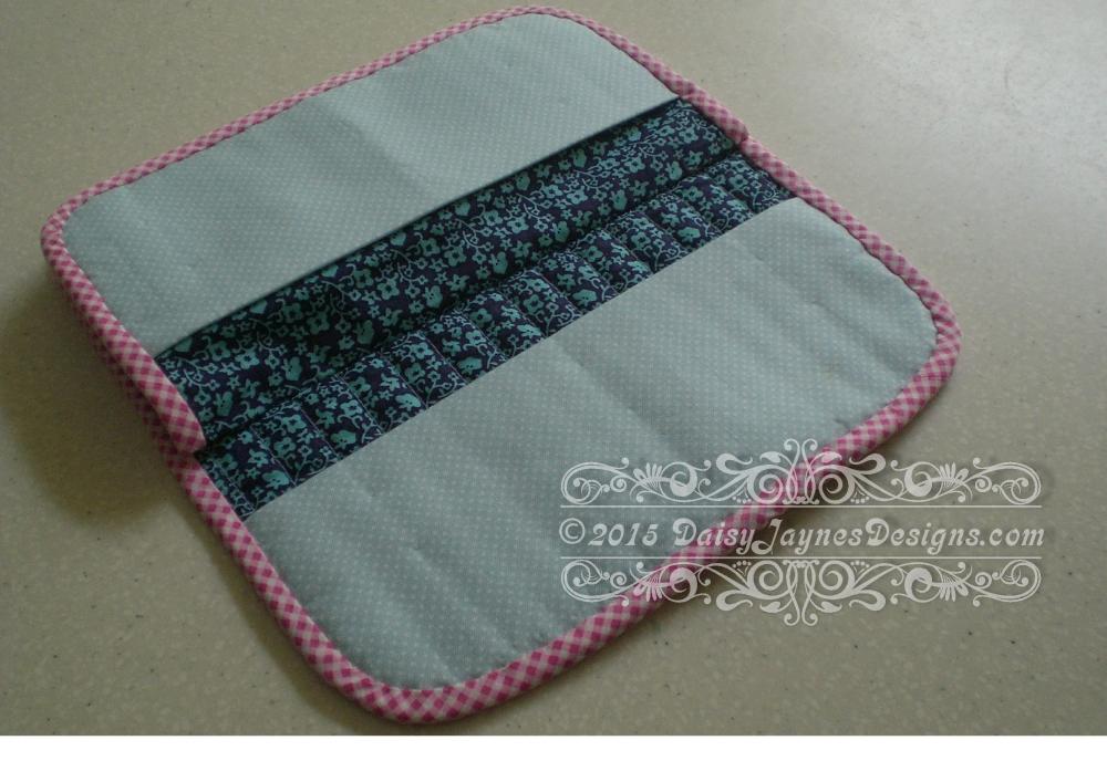 Quilt share #1 Scottie dog clutch purse (3/3)